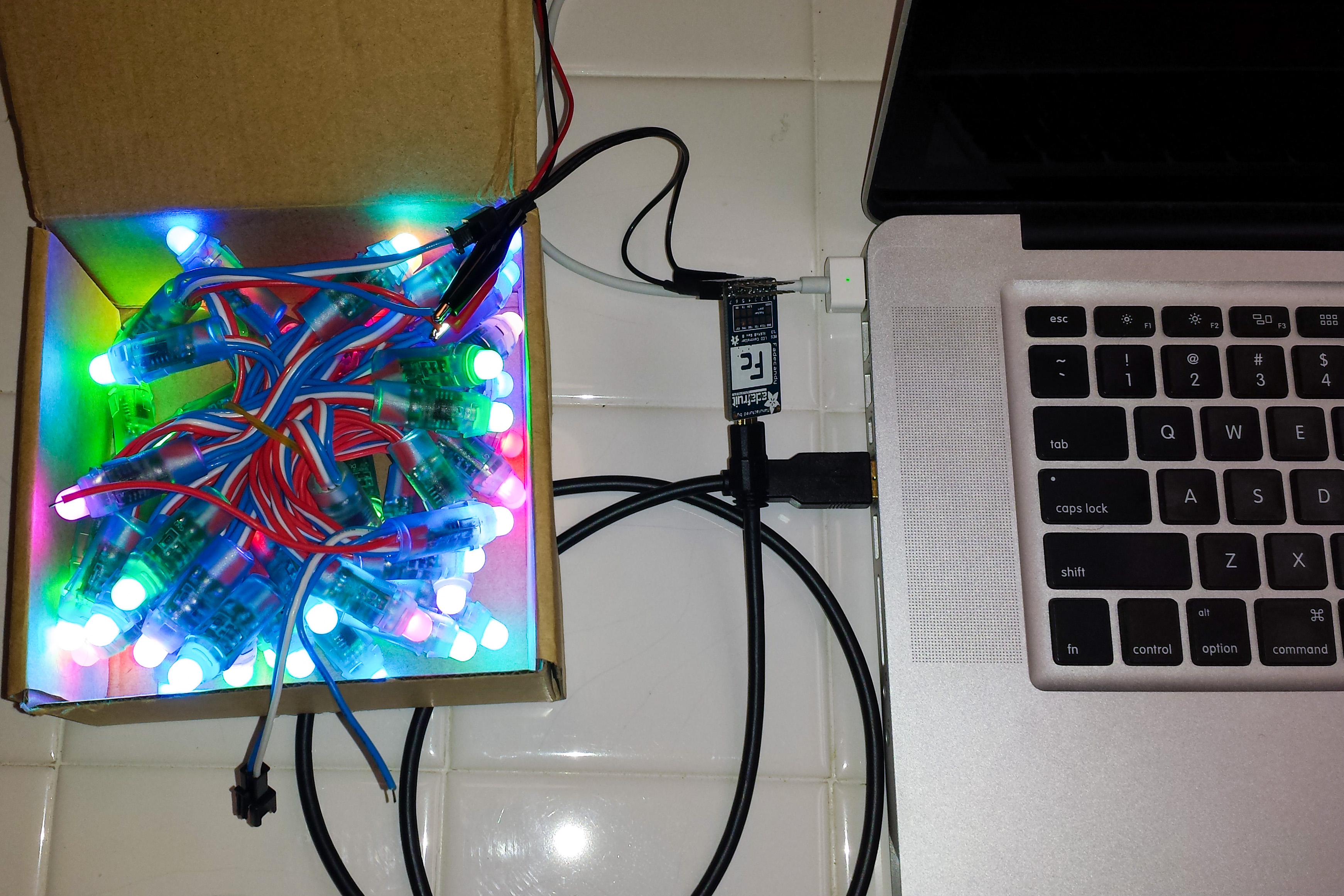 alitove lights connected to laptop via fadecandy